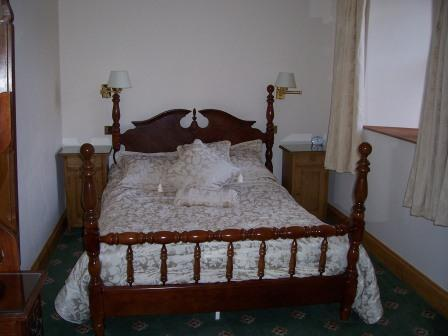 Wedding Venues South Wales - Craig y Nos Castle Accommodation Room AB16 main bedroom