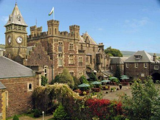 Ammanford Wedding Venues - Craig y Nos Castle