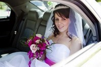 Chris Barroccu Wedding Photographer Bride in Car