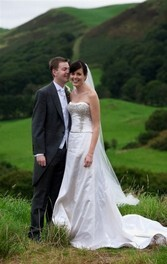 Chris Barroccu Wedding Photographer Bride and Groom in countryside