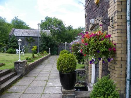 Wedding Venues South Wales - Craig y Nos Castle Theatre Gardens path